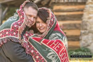 Blanket-late-fall-couple-Servisphotographics-064